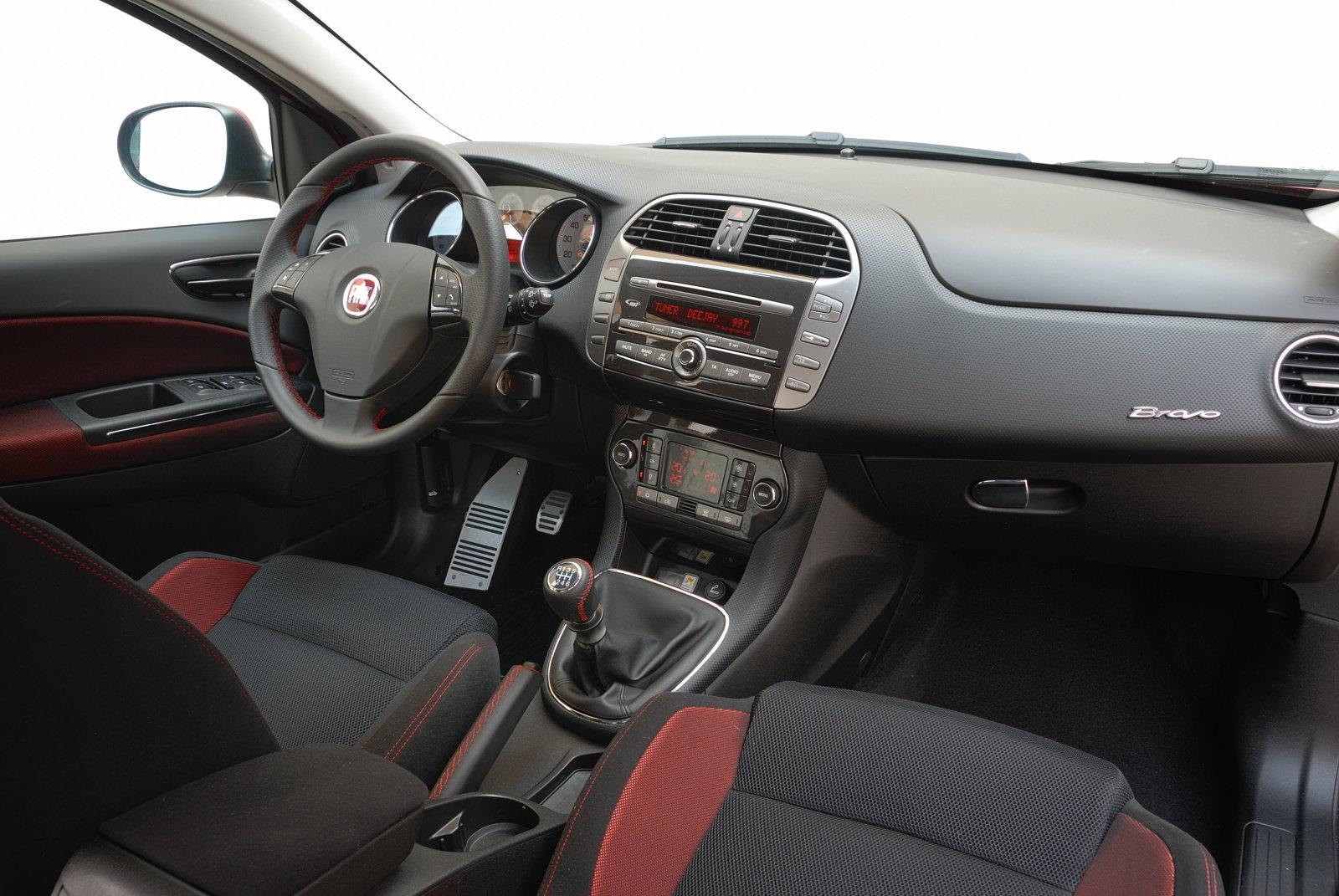 Prova Fiat Bravo Scheda Tecnica Opinioni E Dimensioni 1 4 T Jet 16v 150 Cv Sport