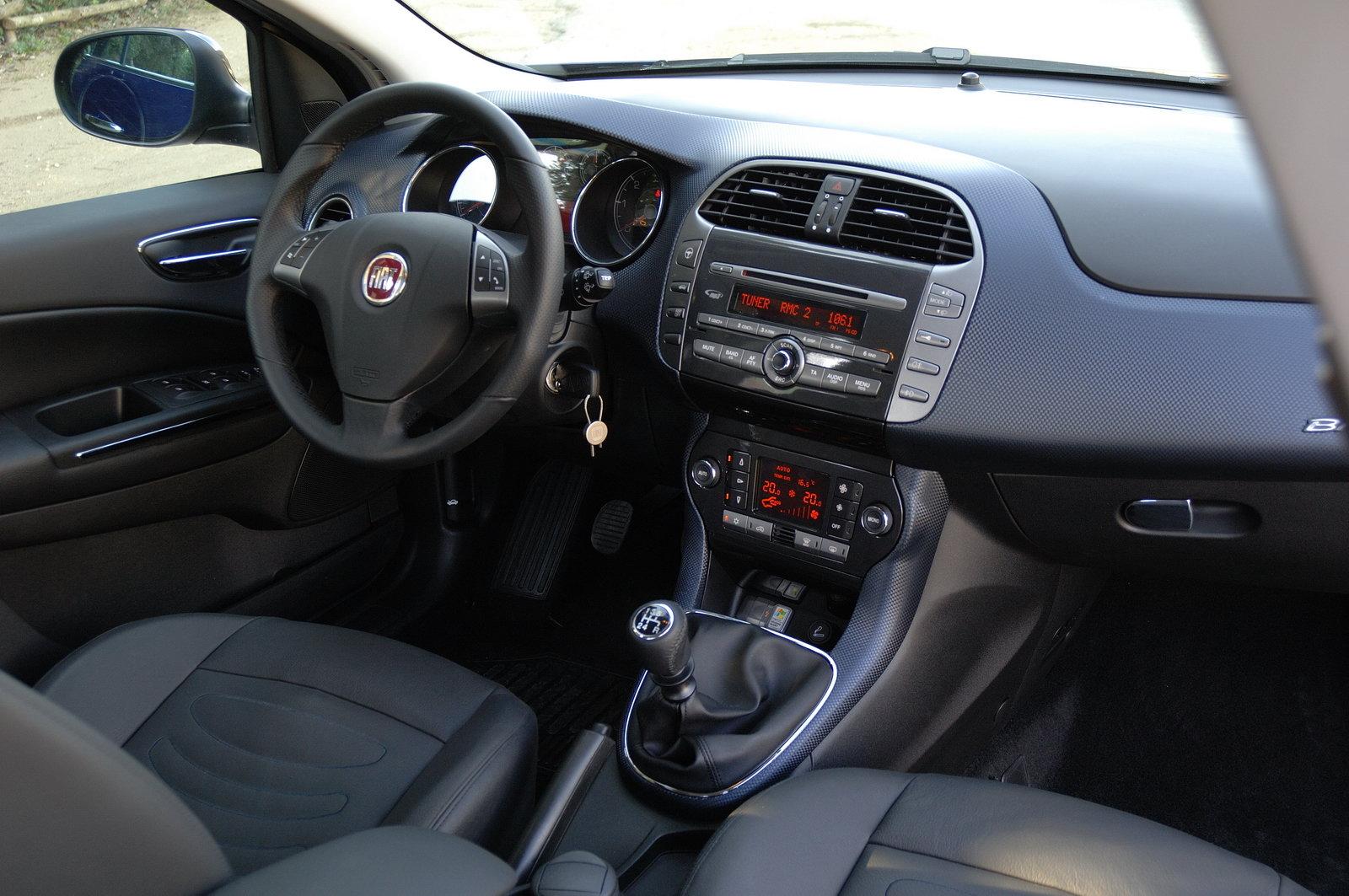 Prova Fiat Bravo Scheda Tecnica Opinioni E Dimensioni 1 6 Multijet 16v 105 Cv Emotion