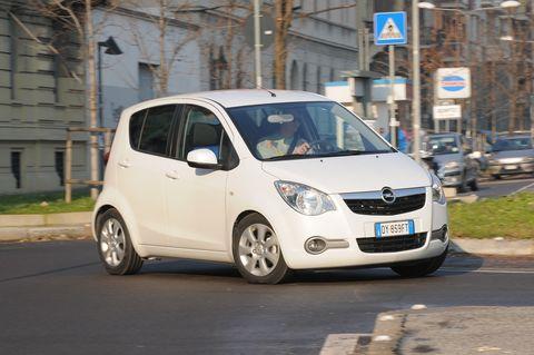Prova Opel Agila 1.2 16V Enjoy Automatica