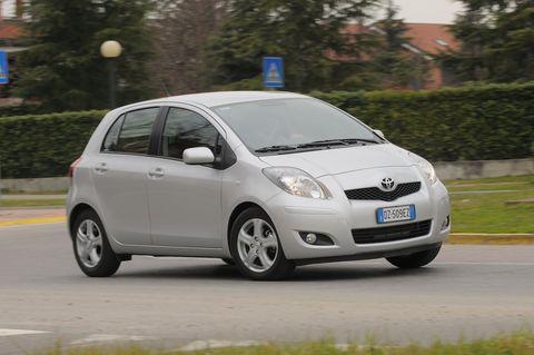 Prova Toyota Yaris 1.3 VVT-i Dual Sol 3p