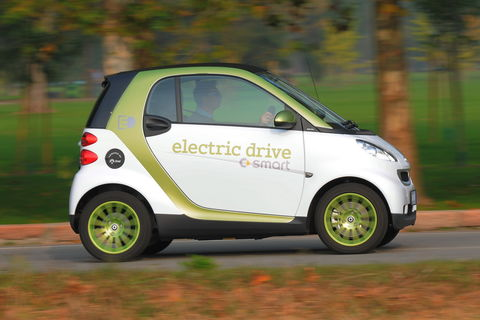 Prova Smart fortwo coupé 55 kW electric drive