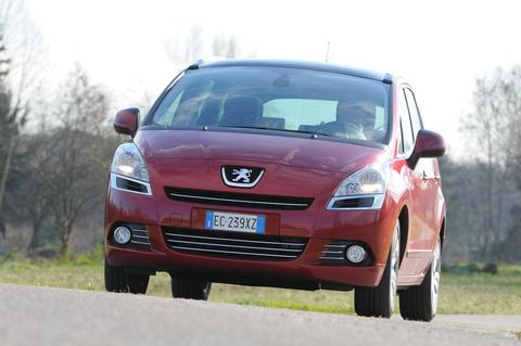 Prova Peugeot 5008 2.0 16V HDi 163 CV FAP Féline automatica