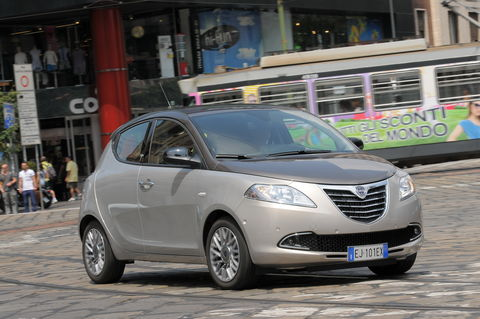 Prova Lancia Ypsilon 0.9 Black&Red