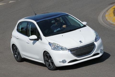 Prova Peugeot 208 1.6 8V e-HDi 92 CV Allure Stop&Start 5p