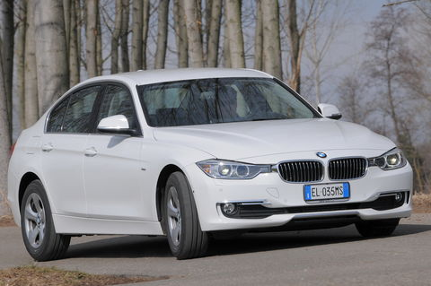 Prova BMW Serie 3 320d Efficient Dynamics Luxury