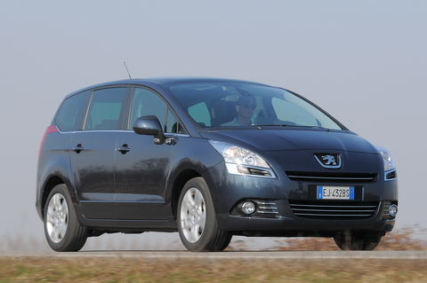Prova Peugeot 5008 1.6 e-HDi Active Automatica 7 posti