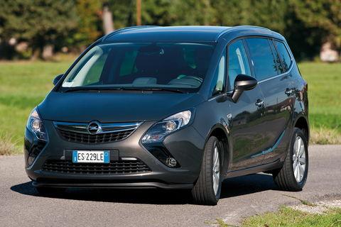 Prova Opel Zafira Tourer 1.6 Turbo ecoM Cosmo