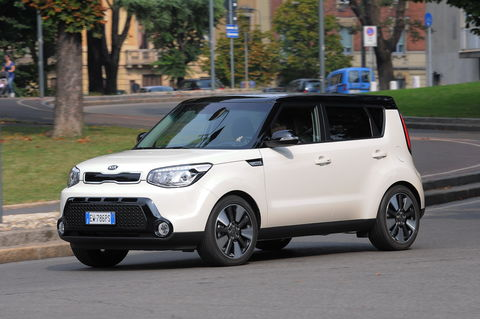 Prova Kia Soul 1.6 Eco-GPL Plus You® Soul