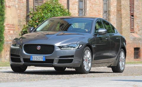 Prova Jaguar XE 2.0 i4 D 180 CV Prestige auto