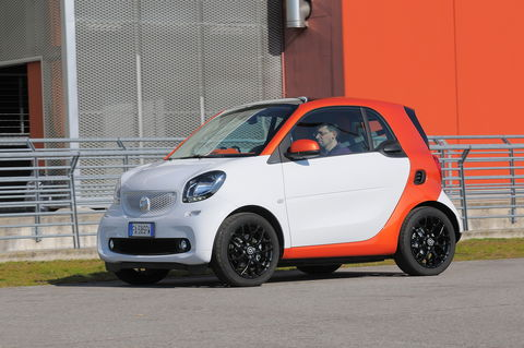 Prova Smart fortwo coupé 70 twinamic urban