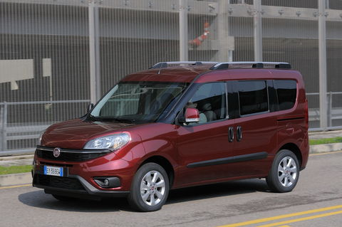 Prova Fiat Doblò 1.4 Fire T-Jet Natural Power Lounge 5 posti