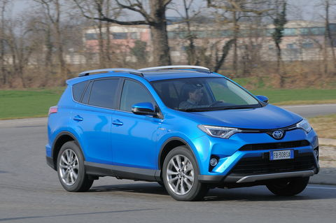 Prova Toyota Rav4 2.5 HV E-CVT Lounge 4WD