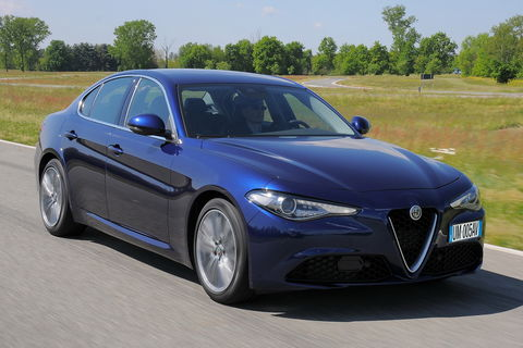 Prova Alfa Romeo Giulia 2.2 Turbo 180 CV Super AT8