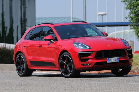 Prova Porsche Macan GTS PDK
