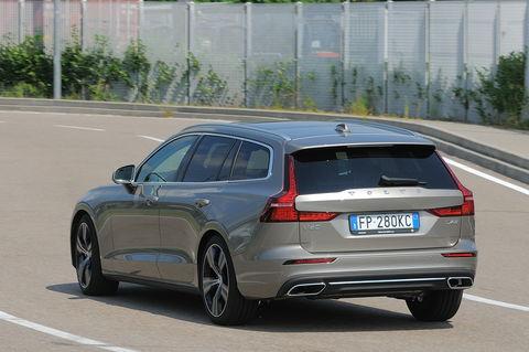 Prova Volvo V60 D4 Inscription Geartronic