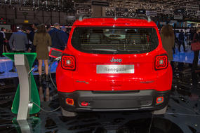 jeep renegade 1 1 0 t3 120 cv business