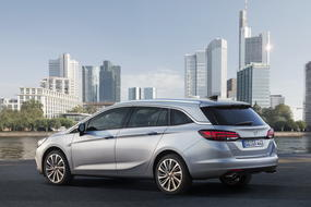 opel astra sports tourer 5 base
